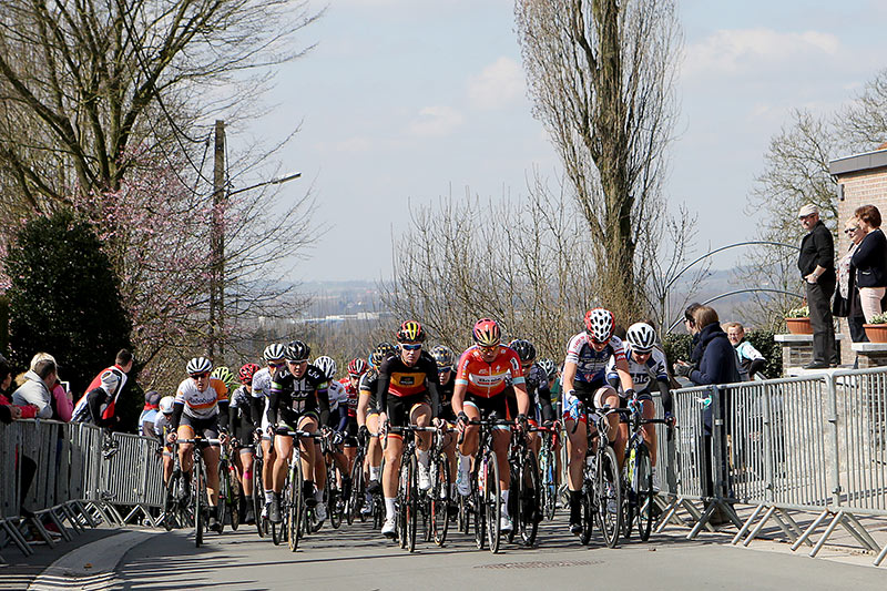 Photo RVV 2015, top of the Wolvenberg, woman's race