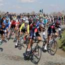 Photo RVV 2015, peloton in Holle Weg