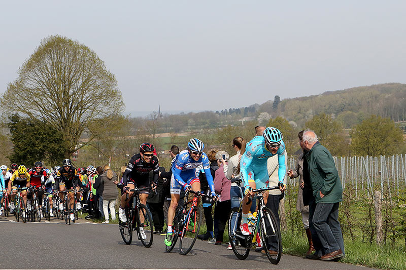Photo Amstel Gold Race 2015, Lange Raarberg with De Vreese