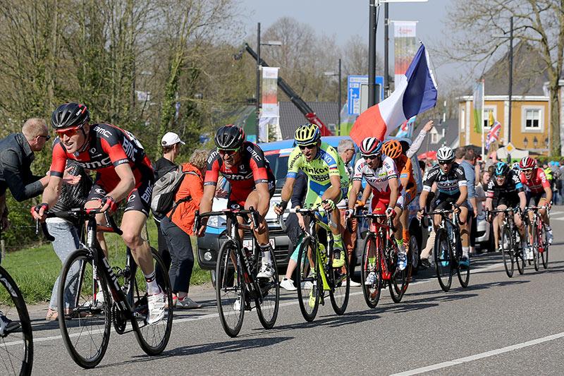 Photo Amstel Gold Race 2015, Ben Hermans in front