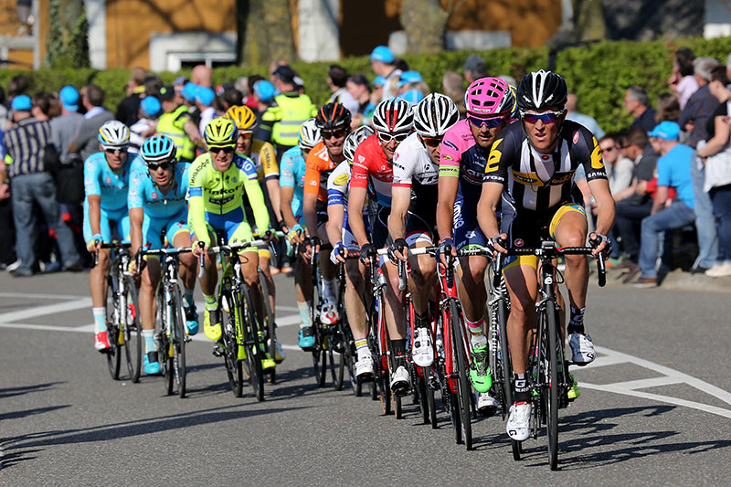 Photo Amstel Gold Race 2015, Pauwels in front